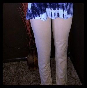 🧡NWOT Eddie Bauer khaki curvy fit pants